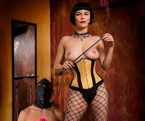 Maitresse Dominatrice Fabienne Lille