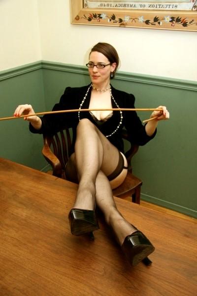 Maitresse Dominatrice Helene Paris