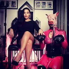 Annonce de Reine_Diablesse - Dominatrice à PARIS