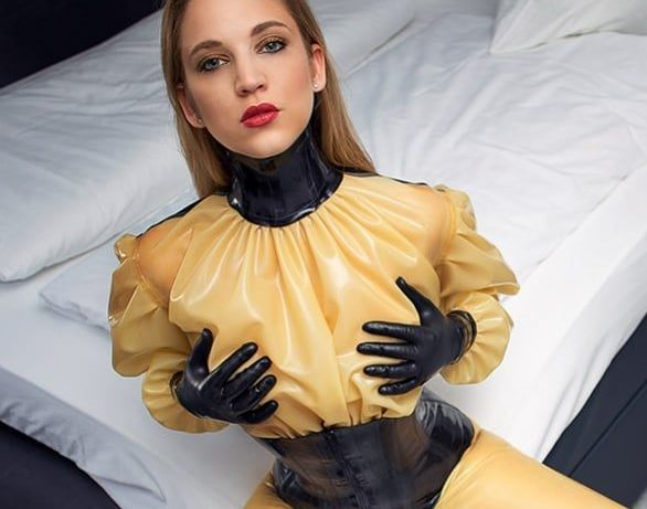 Madame Ornella maitresse severe et exigeante a Paris